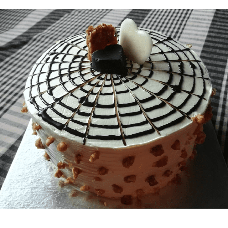 Alluring ButterScotch Cake