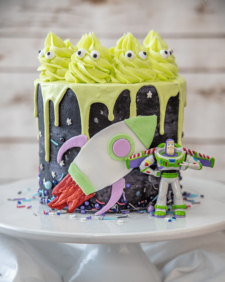 Captivating Buzz Lightyear Cake