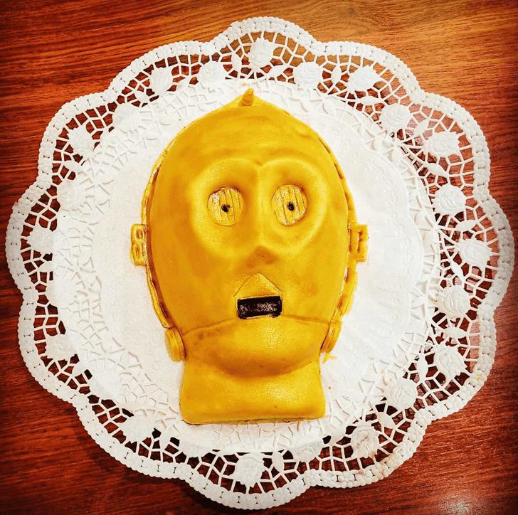 Angelic C-3PO Cake