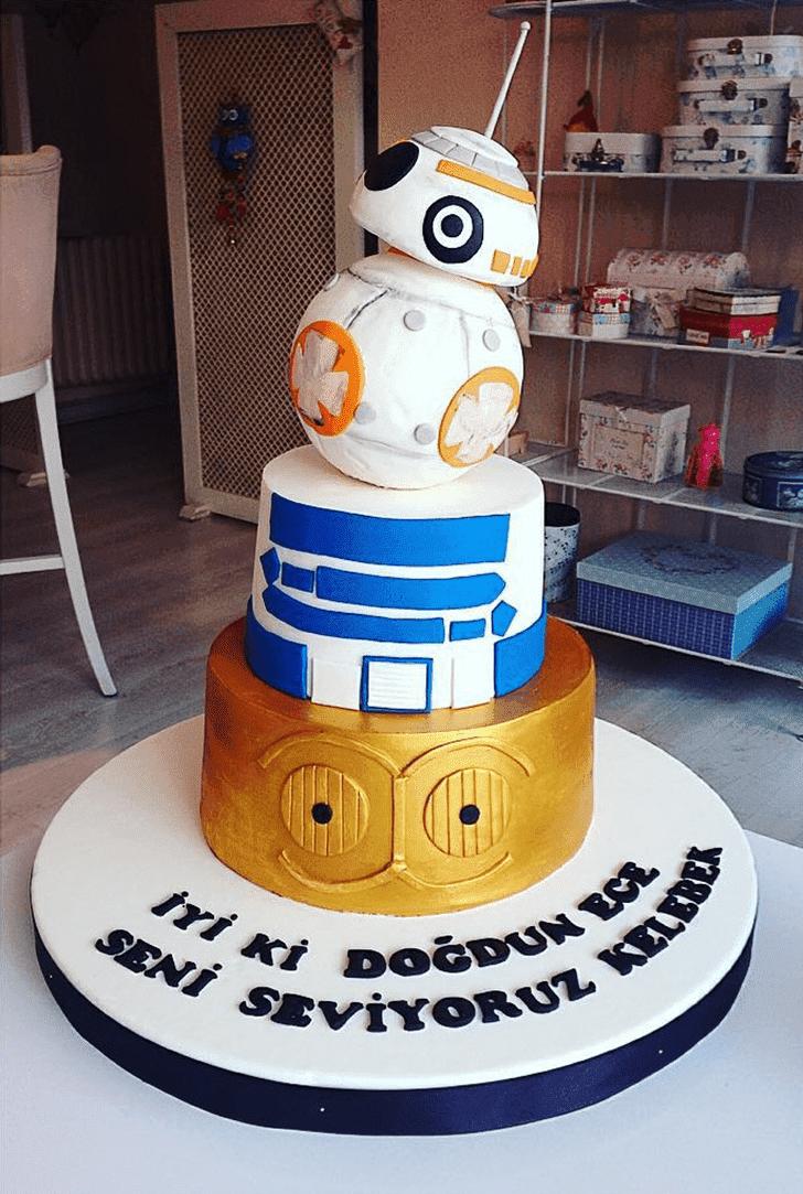Bewitching C-3PO Cake