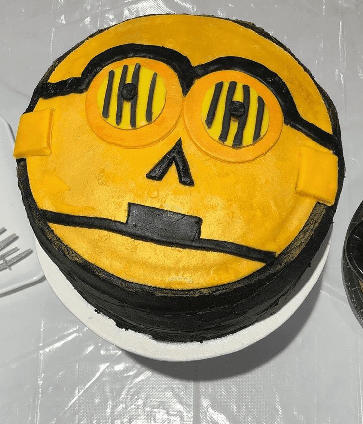 Divine C-3PO Cake