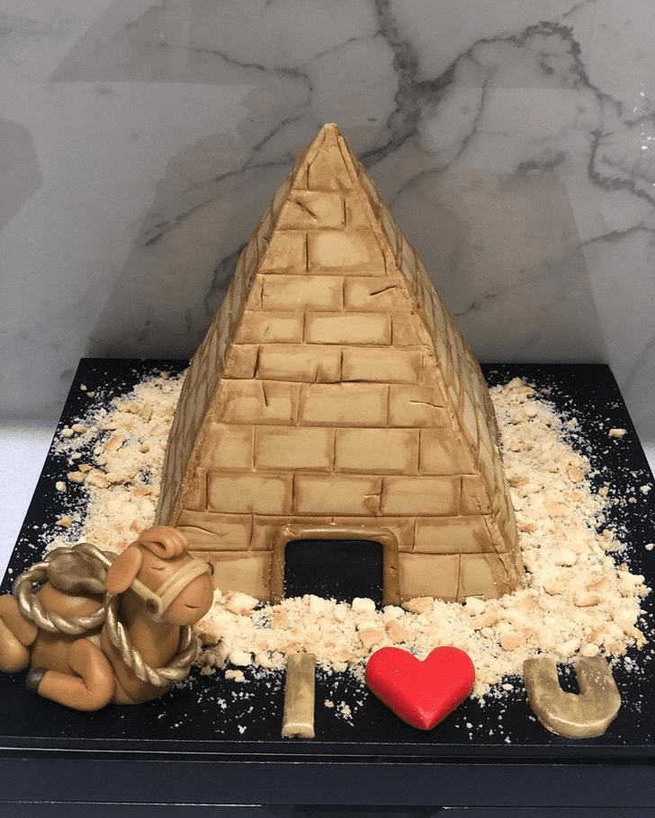 Inviting Camel Cake