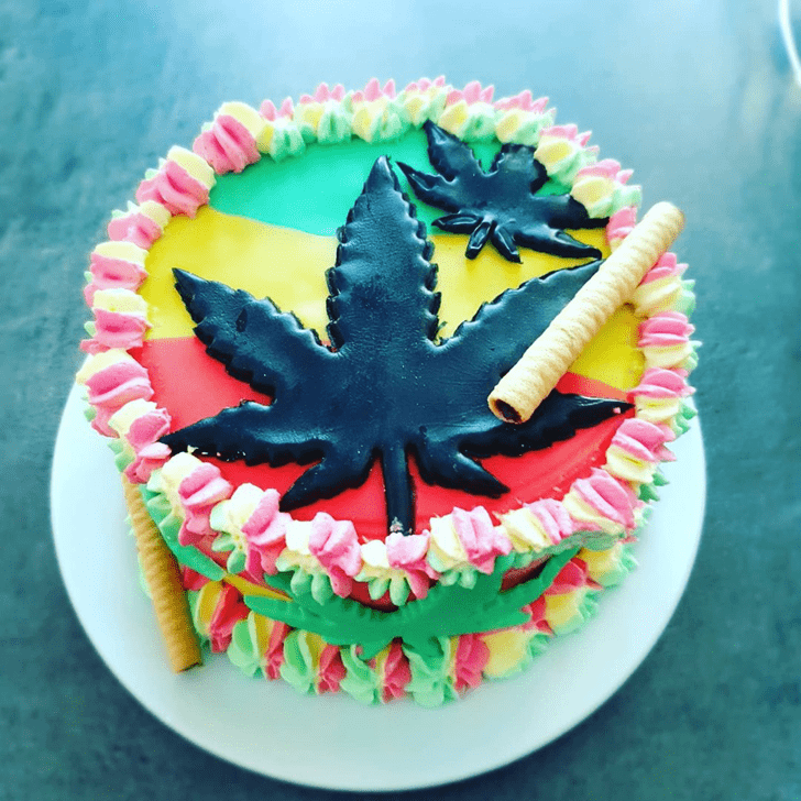 Splendid Cannabis Cake