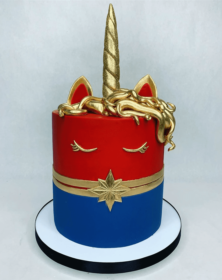 Alluring Captain Marvel Cake
