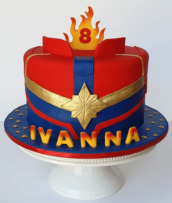 Comely Captain Marvel Cake