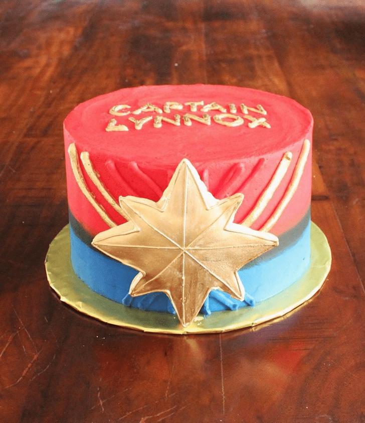 Lovely Captain Marvel Cake Design