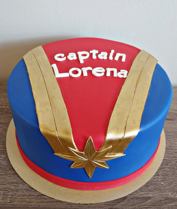 Pretty Captain Marvel Cake