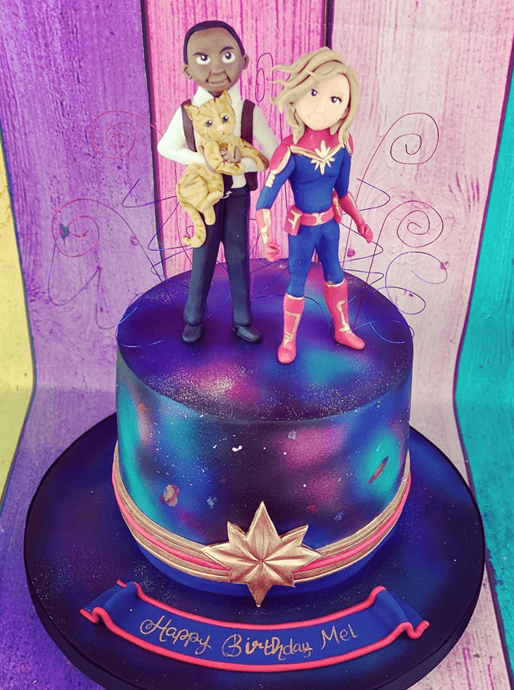 Splendid Captain Marvel Cake
