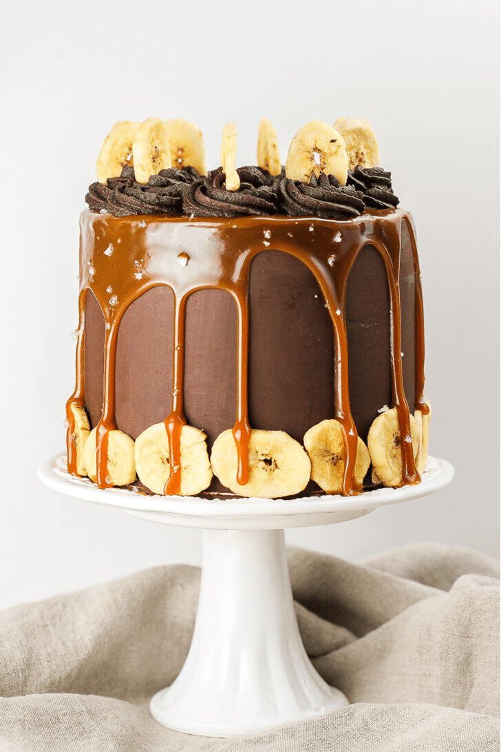 Captivating Caramel Cake