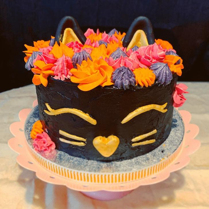 Alluring Cat Cake