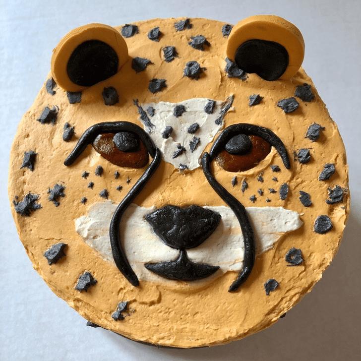 Grand Cheetah Cake