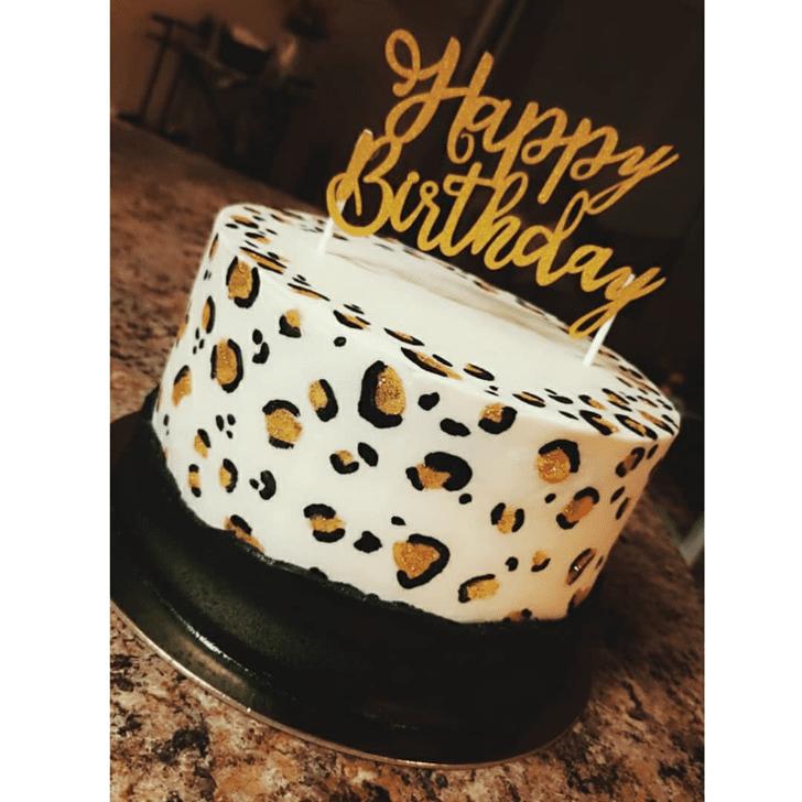 Pretty Cheetah Cake