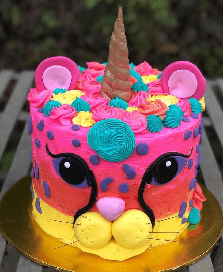 Stunning Cheetah Cake