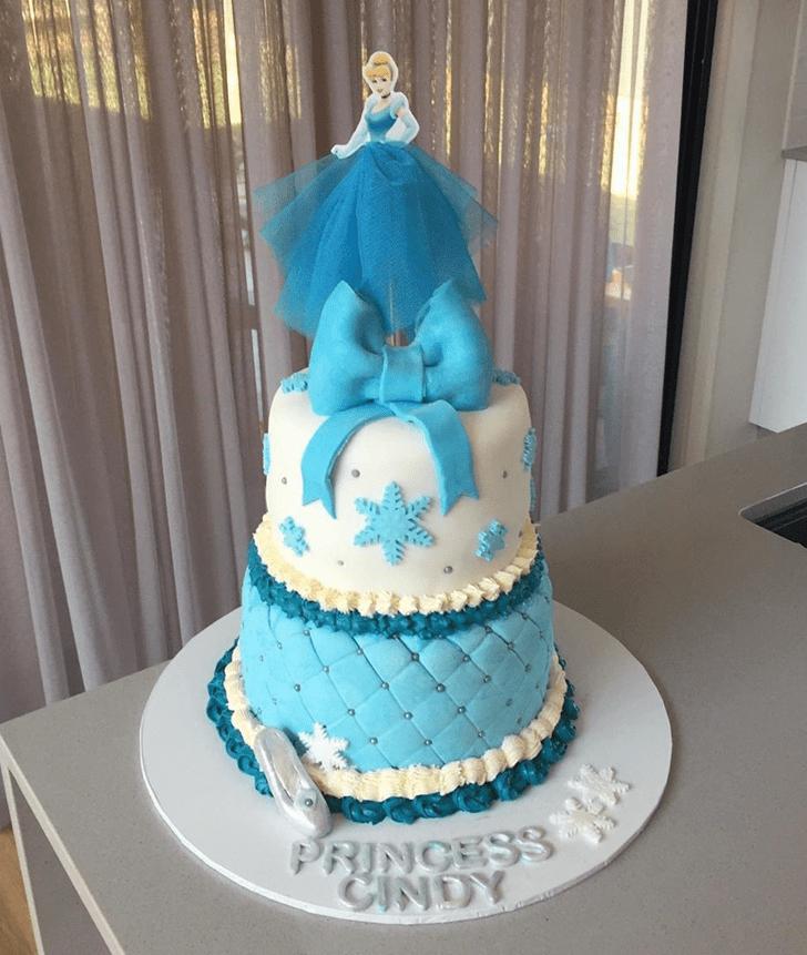 Admirable Cinderella Cake Design