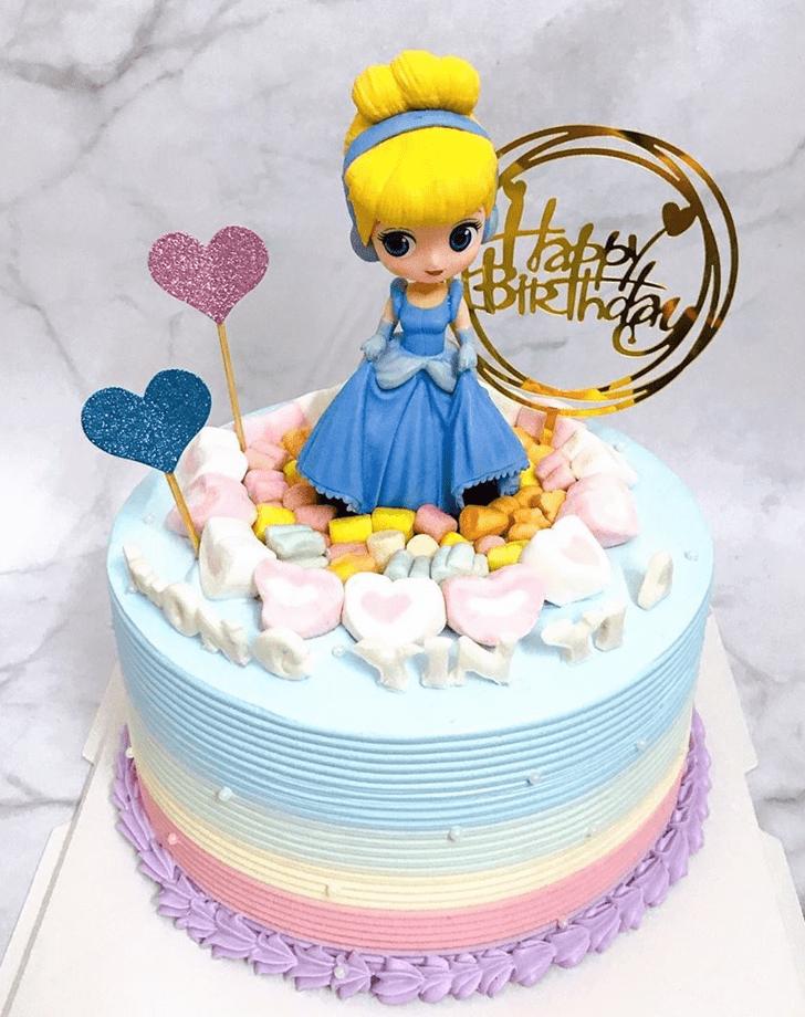 Fine Cinderella Cake