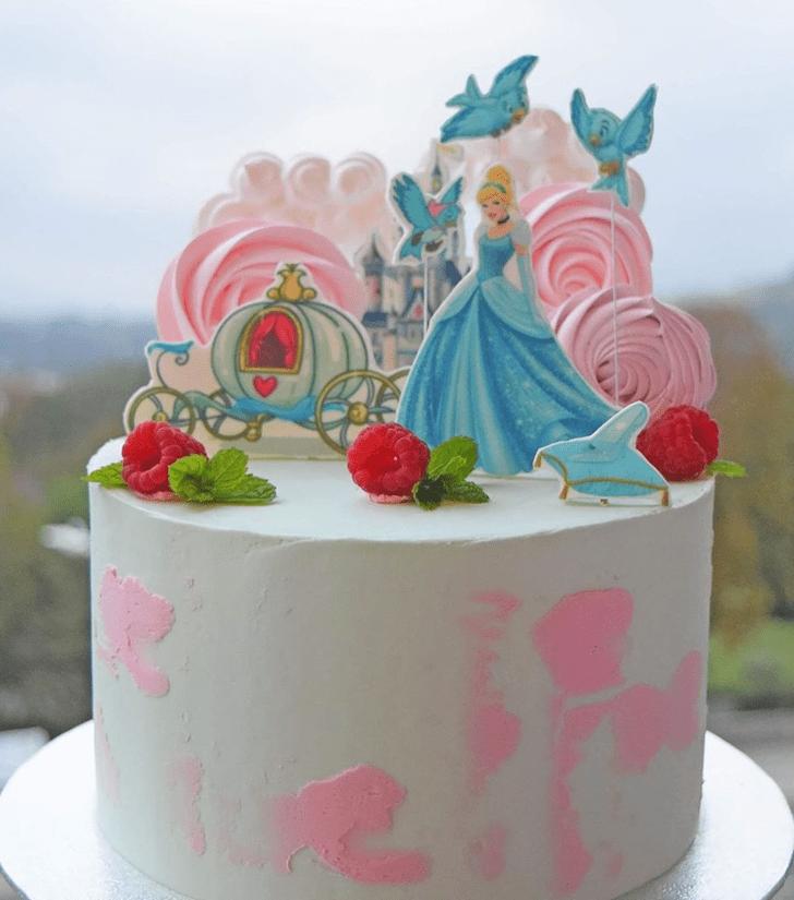 Grand Cinderella Cake