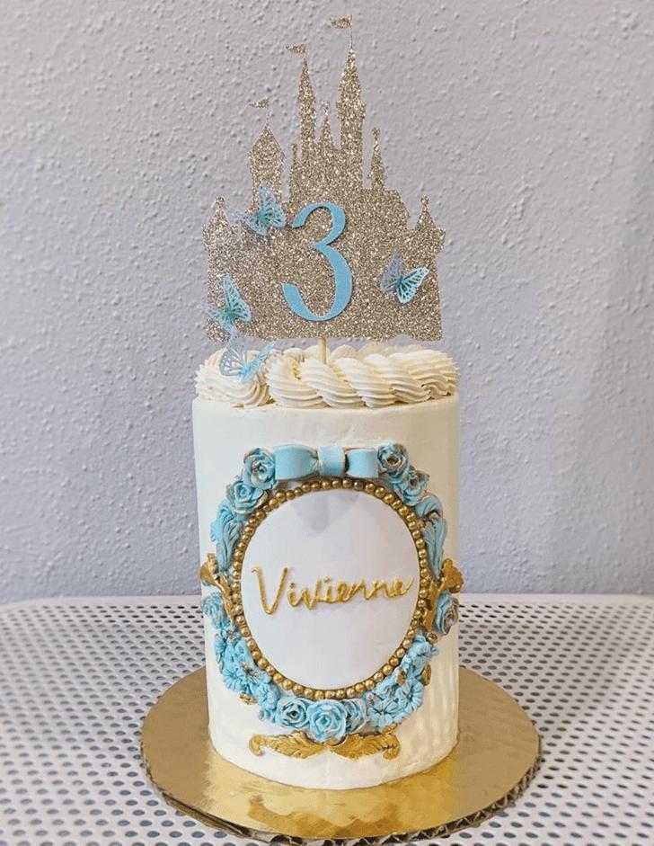 Lovely Cinderella Cake Design