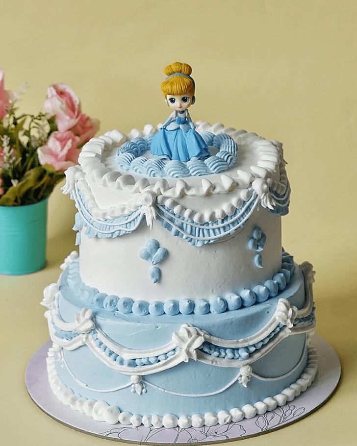 Marvelous Cinderella Cake