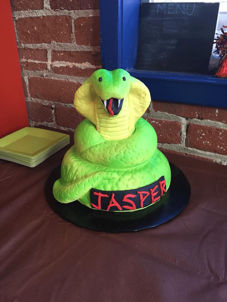 Comely Cobra Cake