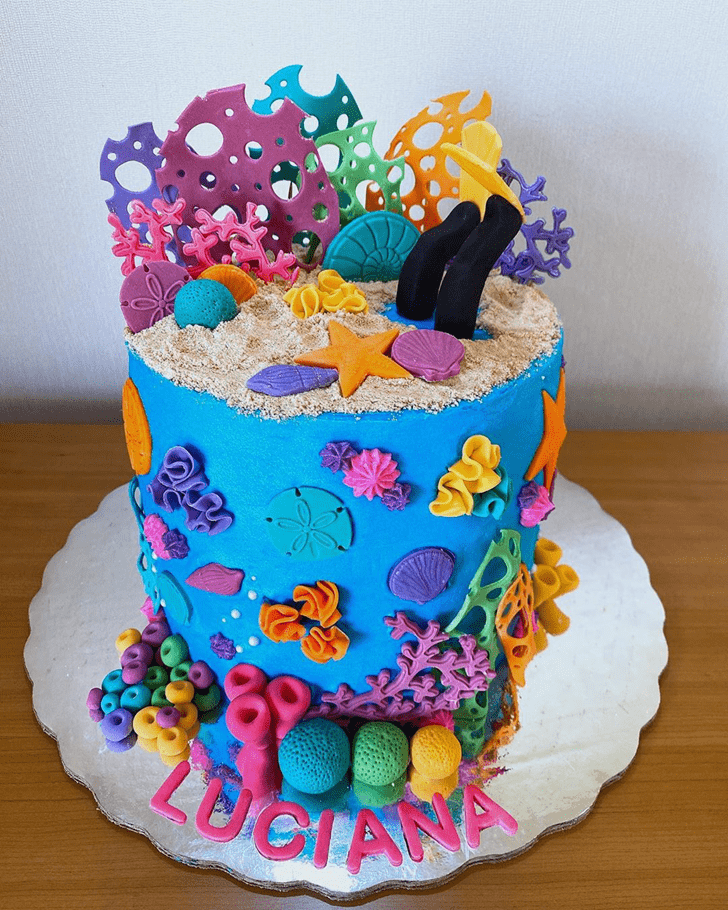 Graceful Coral Cake