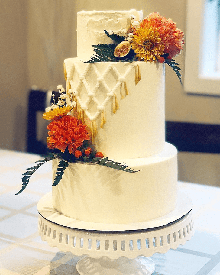 Refined Coral Cake