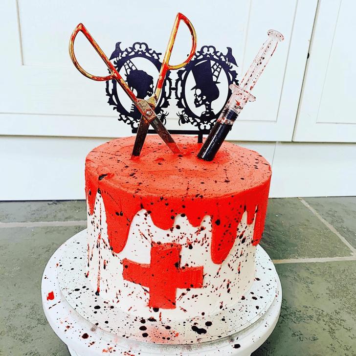 Nice Creepy Cake