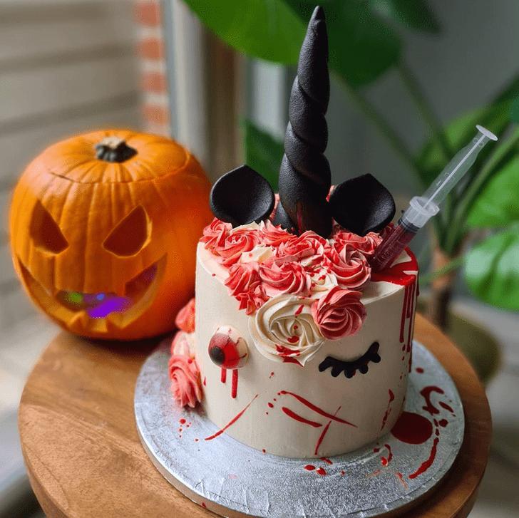 Ravishing Creepy Cake