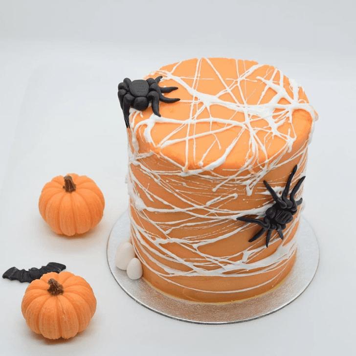 Resplendent Creepy Cake
