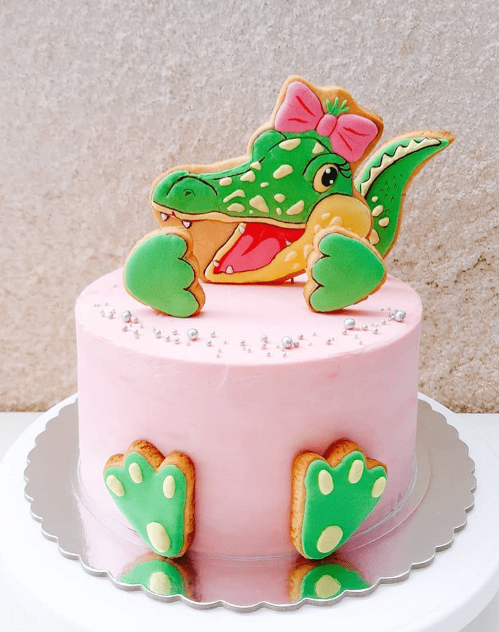 Admirable Crocodile Cake Design