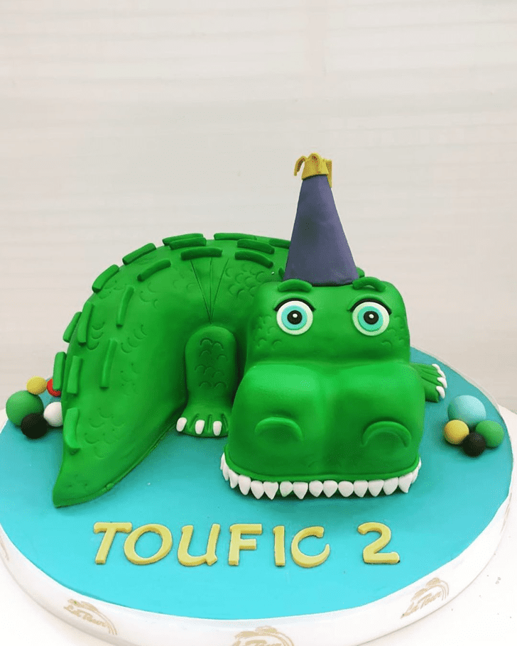 Fascinating Crocodile Cake
