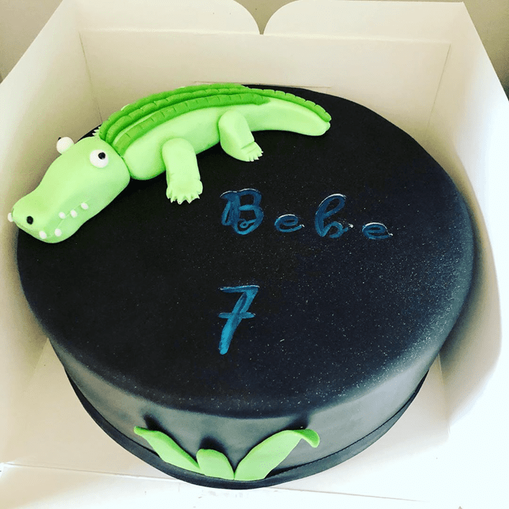 Good Looking Crocodile Cake