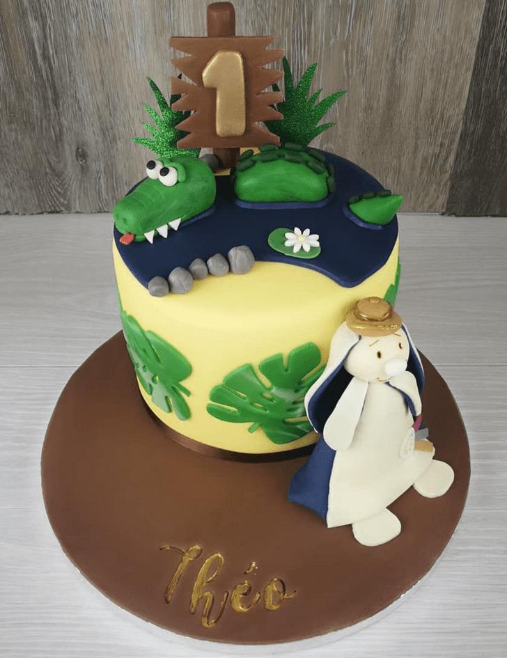 Inviting Crocodile Cake