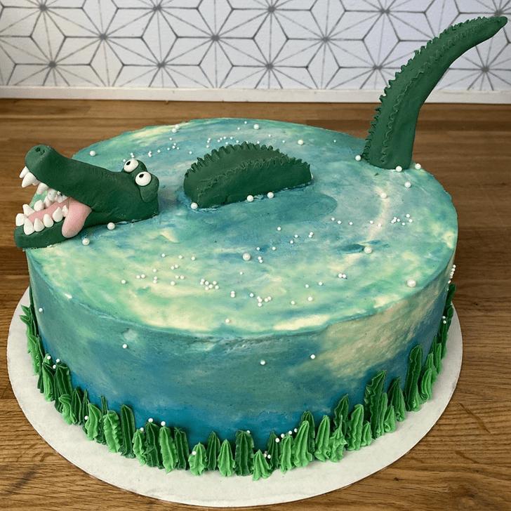 Pleasing Crocodile Cake