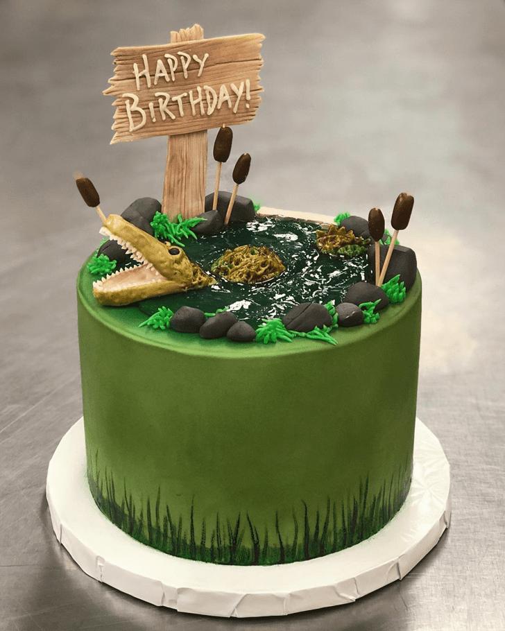 Splendid Crocodile Cake