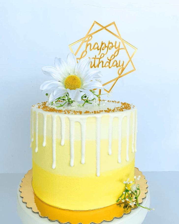 Charming Daisy Cake
