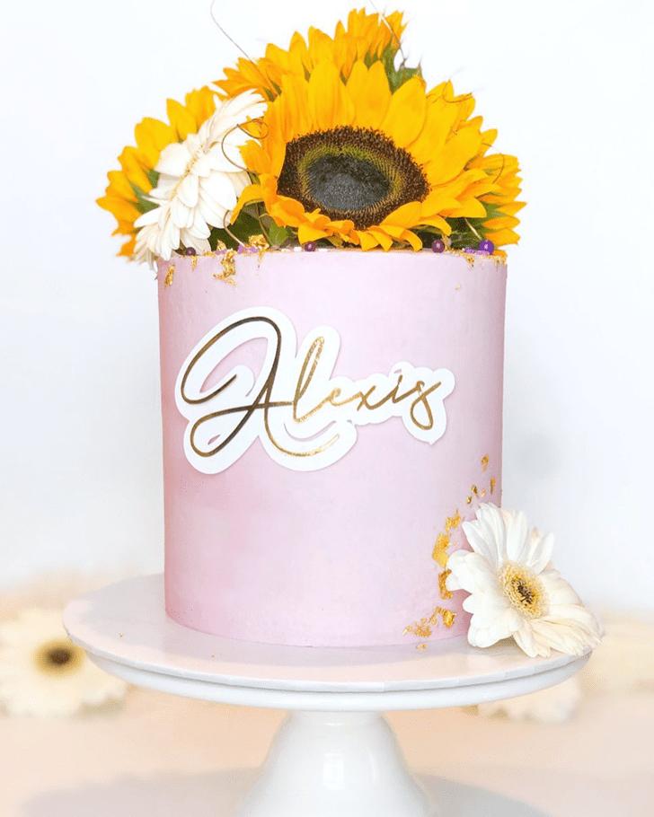 Good Looking Daisy Cake