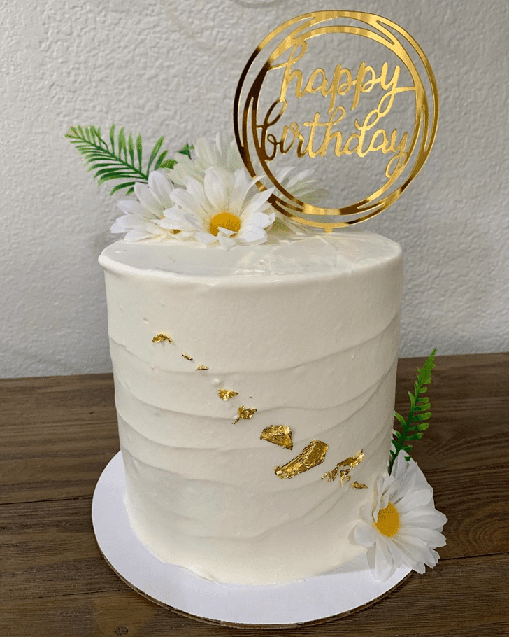 Lovely Daisy Cake Design