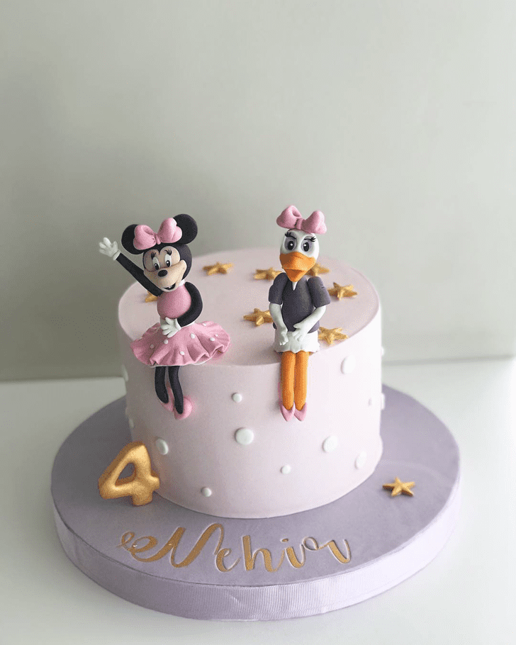 Appealing Daisy Duck Cake