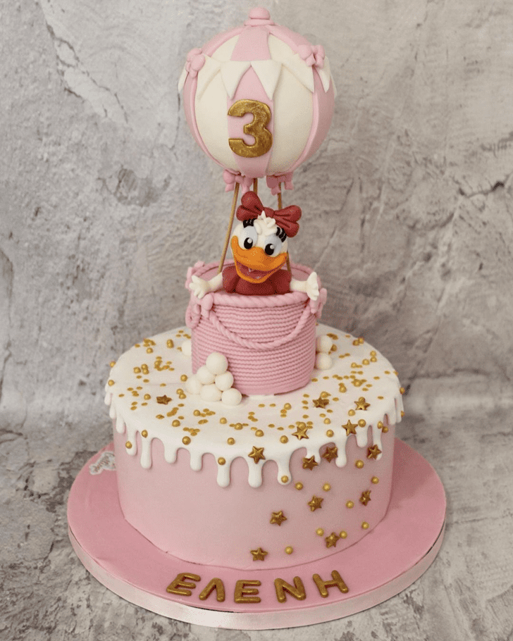 Beauteous Daisy Duck Cake