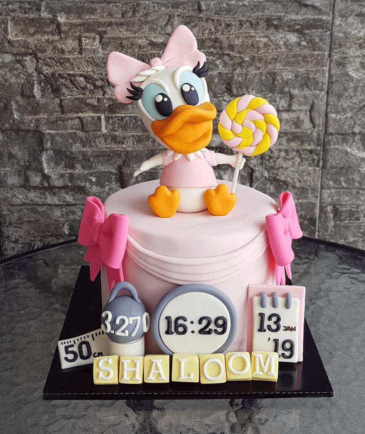 Cute Daisy Duck Cake