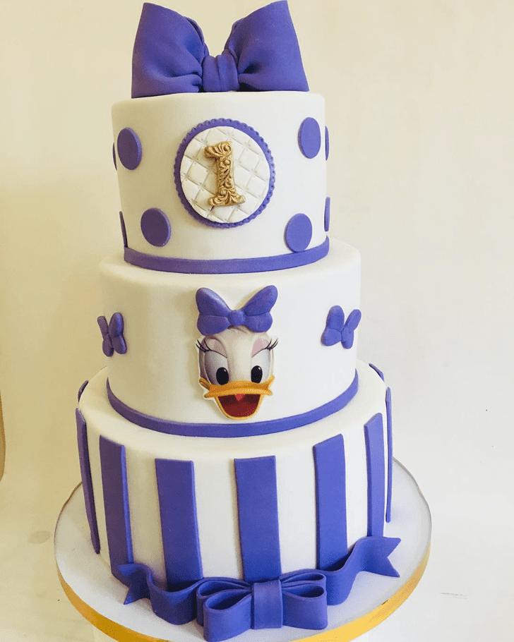 Fair Daisy Duck Cake