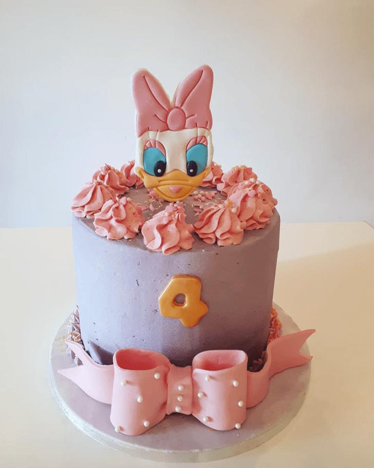 Gorgeous Daisy Duck Cake