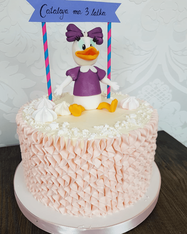 Handsome Daisy Duck Cake