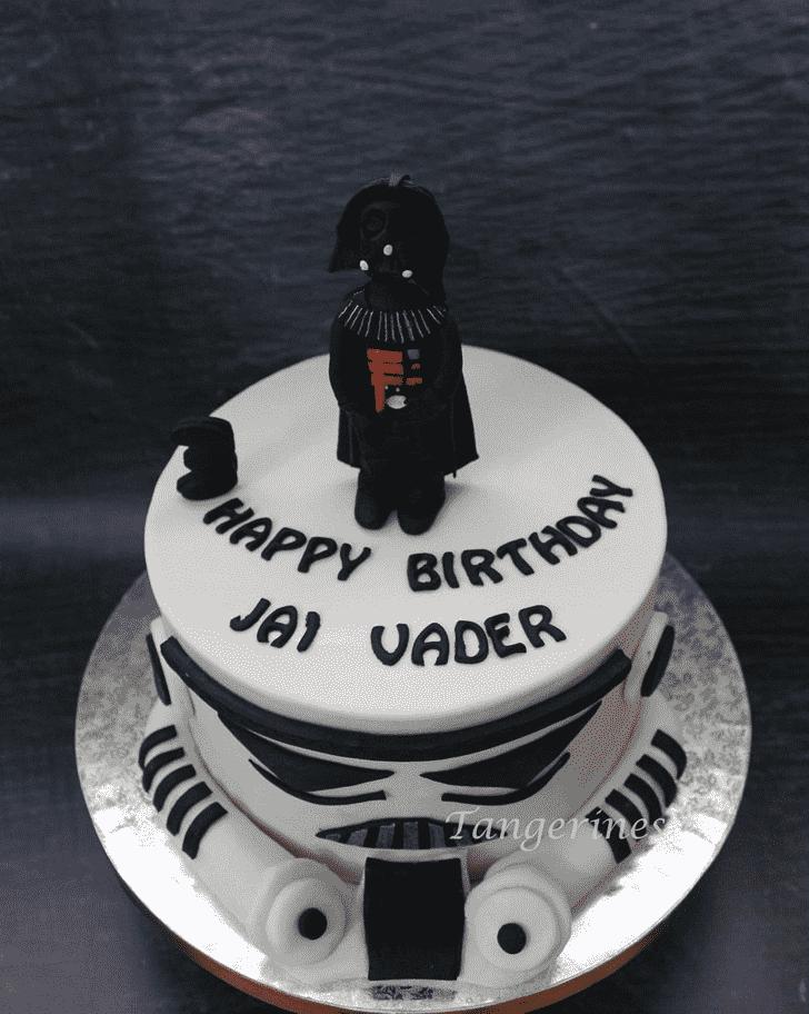Beauteous Darth Vader Cake