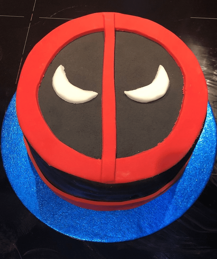 Admirable Deadpool Cake Design