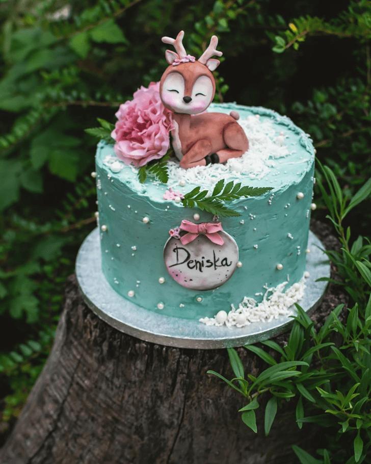 Lovely Deer Cake Design