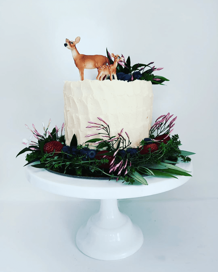 Superb Deer Cake