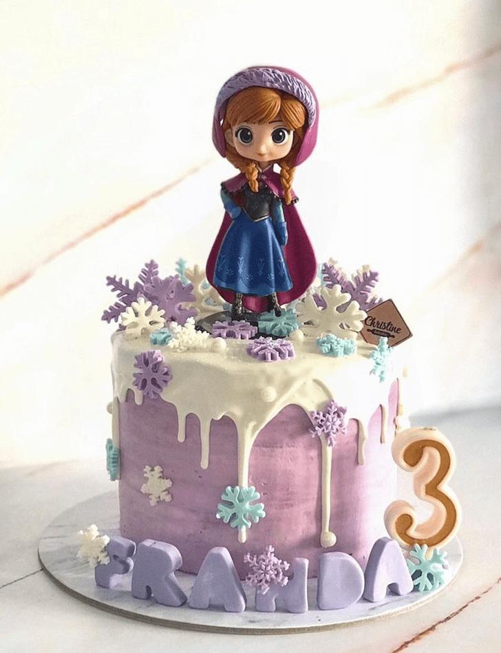 Comely Disneys Anna Cake