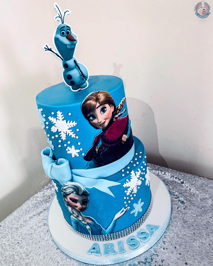 Fascinating Disneys Anna Cake