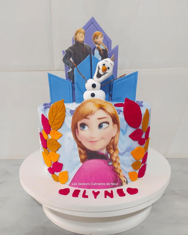 Gorgeous Disneys Anna Cake